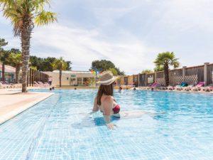 piscine chauffée du camping près des sables d'olonne