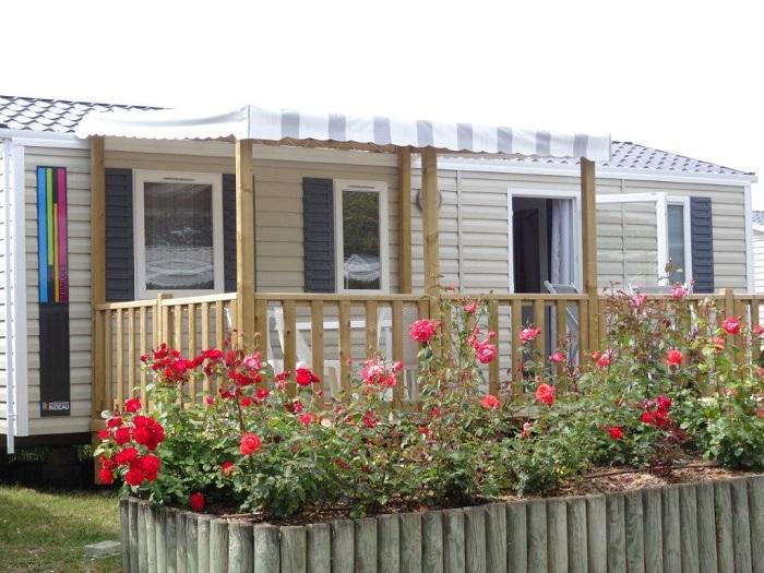 Terrasse du mobil home en location au camping