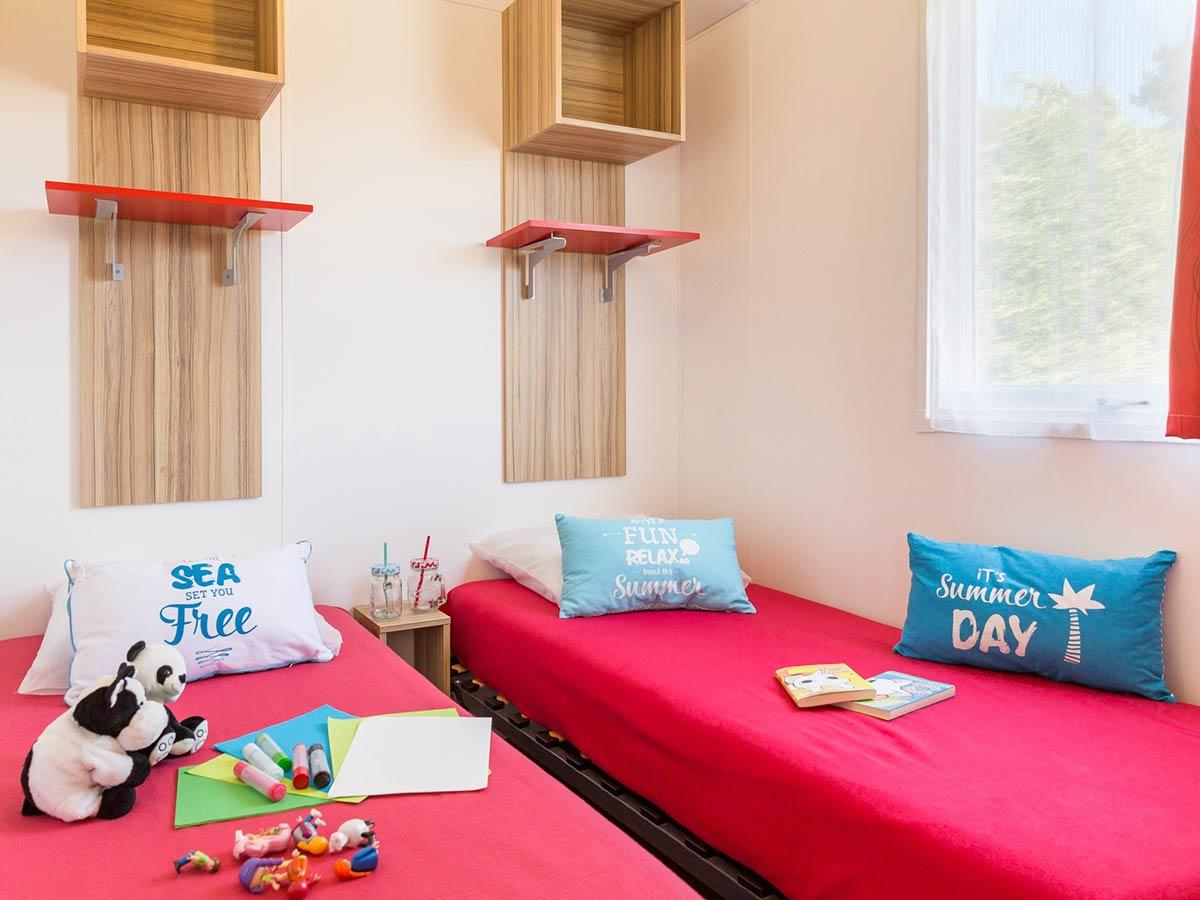 chambre 2 location mobilhome vendée Alizé 6 personnes