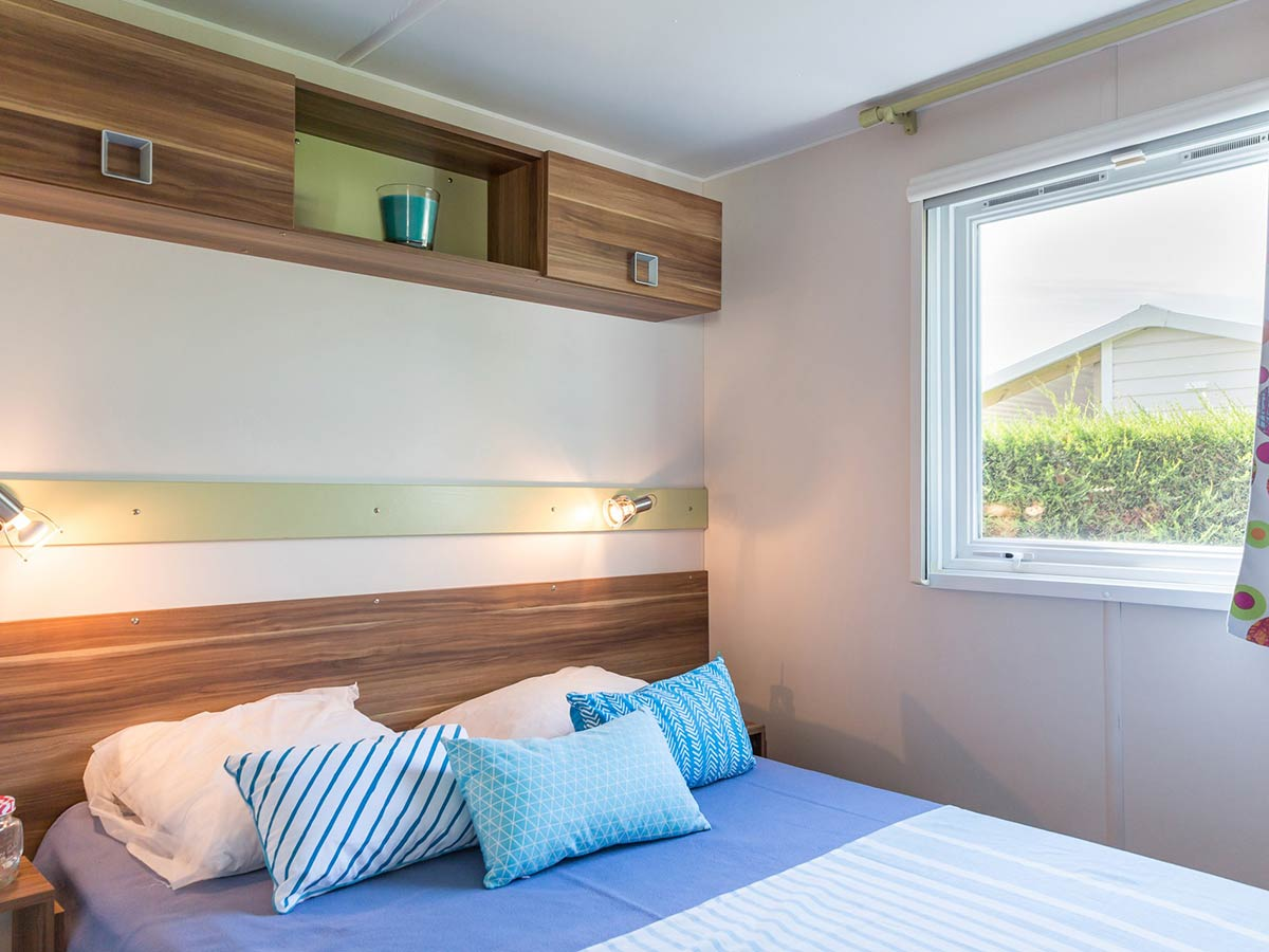 chambre parentale Location mobilhome Bahamas 3 chambres 6/8 personnes