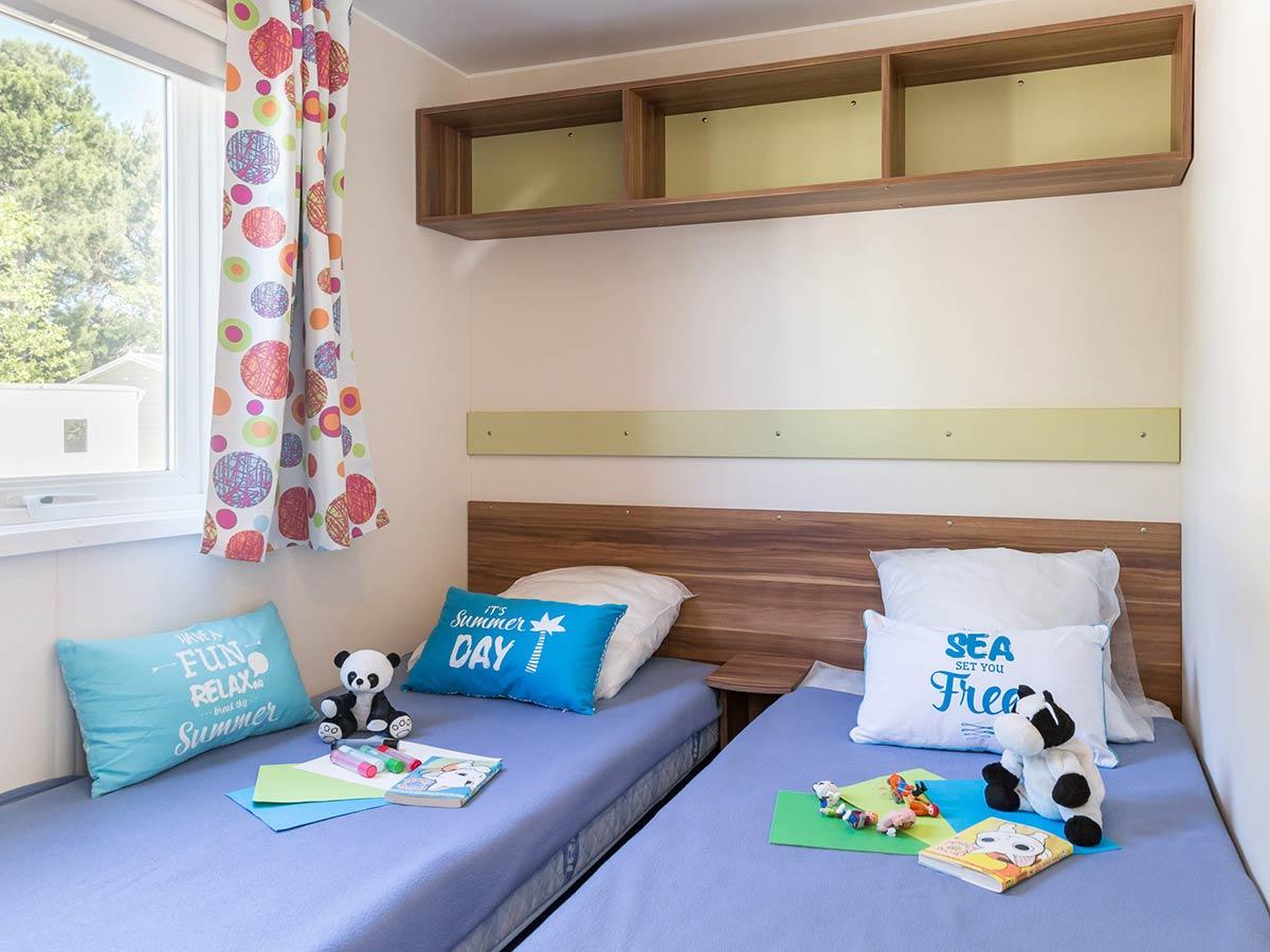 chambre enfants Location mobilhome Bahamas 3 chambres 6/8 personnes